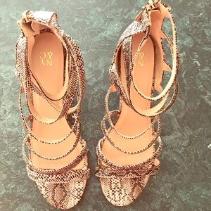 New York & Company Snakeskin Faux Leather Heels